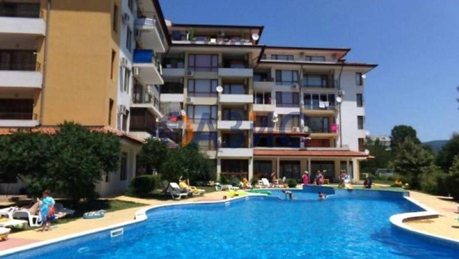 тристаен апартамент слънчев бряг gn5y9wp7