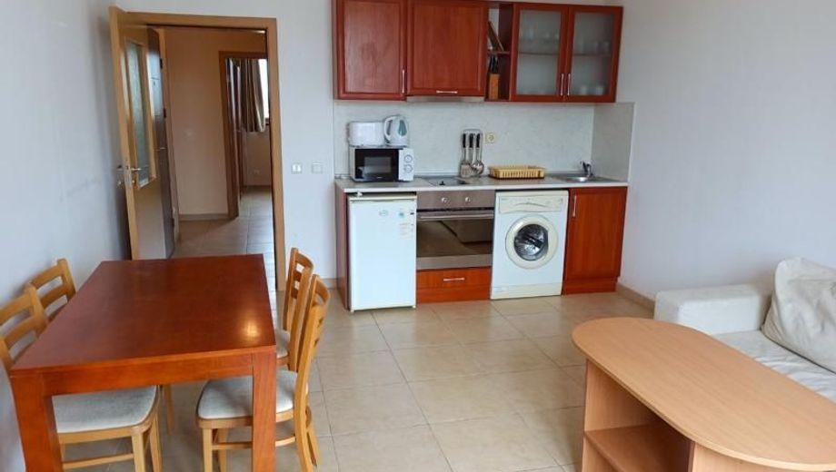 тристаен апартамент слънчев бряг j7pgk3tj