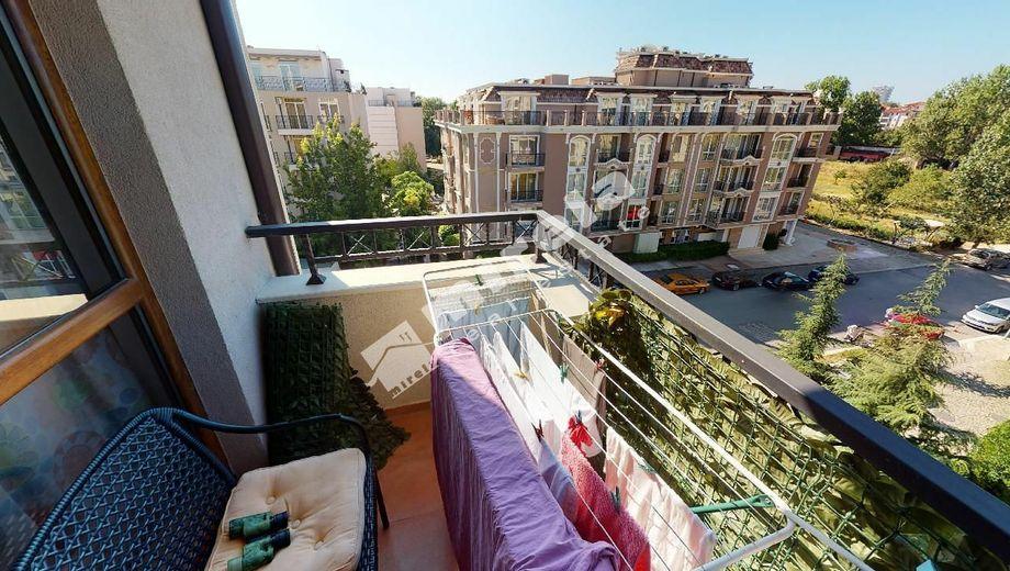 тристаен апартамент слънчев бряг plytackd