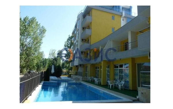тристаен апартамент слънчев бряг tyrw67h5