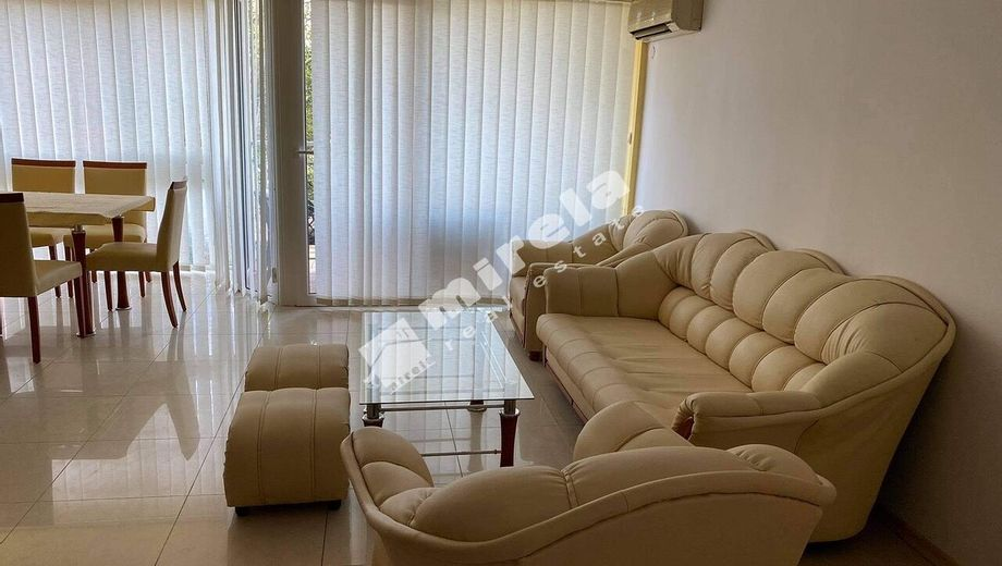 тристаен апартамент слънчев бряг uh6ulqwy