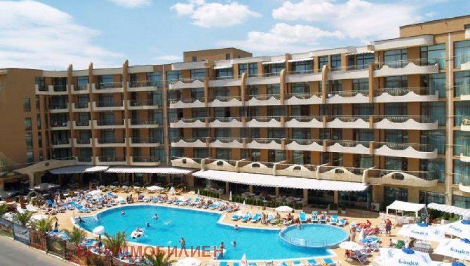 тристаен апартамент слънчев бряг umwwr1na