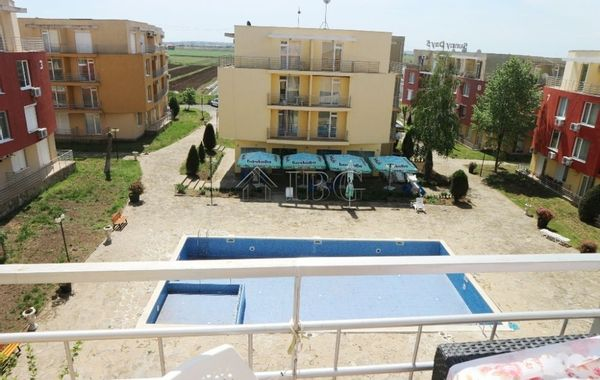 тристаен апартамент слънчев бряг ydk63yyp