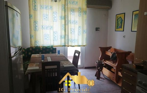 тристаен апартамент созопол 6g7cynuy