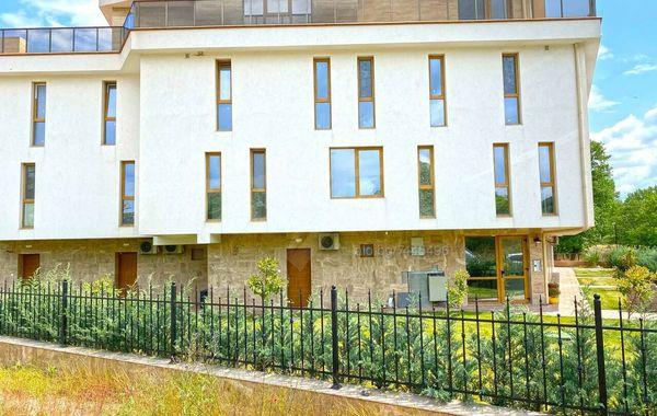 тристаен апартамент созопол jxspu6jx
