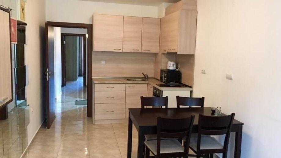 тристаен апартамент софия 1xf4sfmy