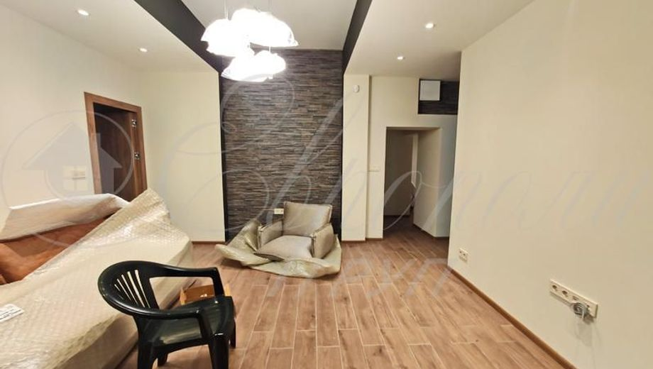 тристаен апартамент софия 267qg6eh