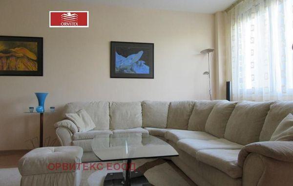тристаен апартамент софия 2fwbme7w