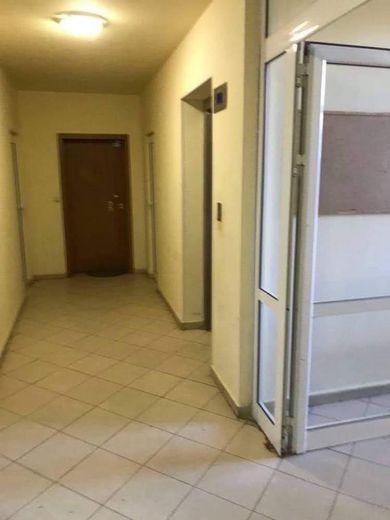 тристаен апартамент софия 2hqebbrg