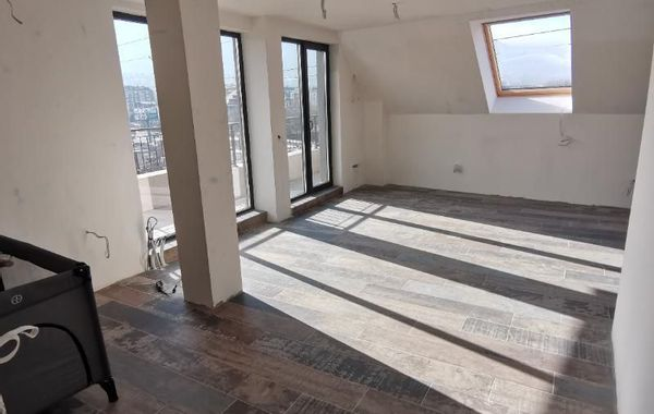 тристаен апартамент софия 2ljaunyg