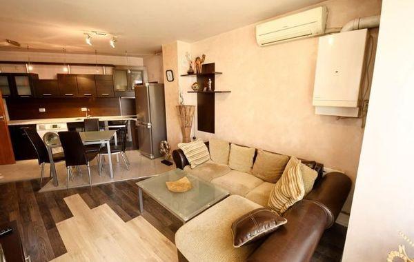 тристаен апартамент софия 2ryys6mp
