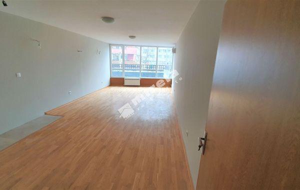 тристаен апартамент софия 2u2wf9un