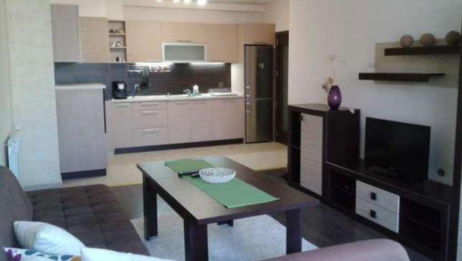 тристаен апартамент софия 2u9my1nr