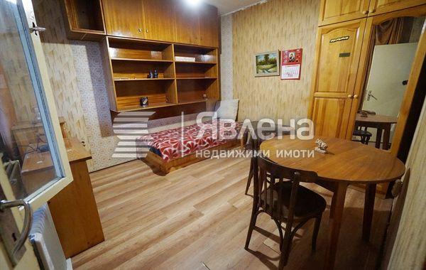 тристаен апартамент софия 33lnrn4e