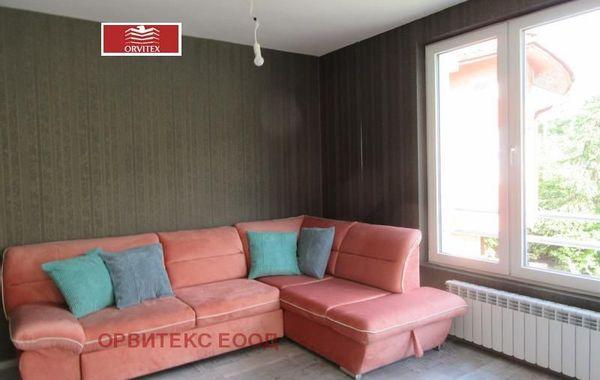 тристаен апартамент софия 3e4s3m5f