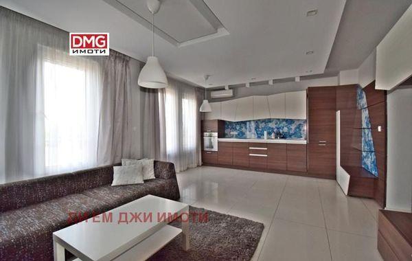 тристаен апартамент софия 3nsg4g1l