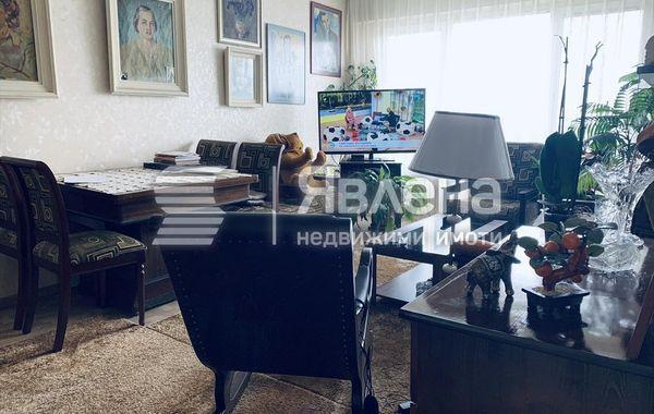 тристаен апартамент софия 3y8lvas1