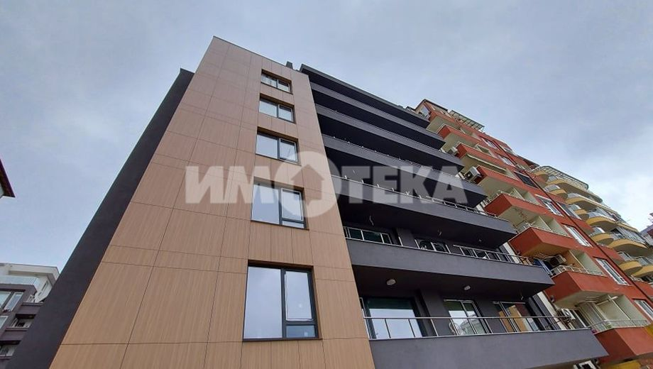 тристаен апартамент софия 4grnyrhf