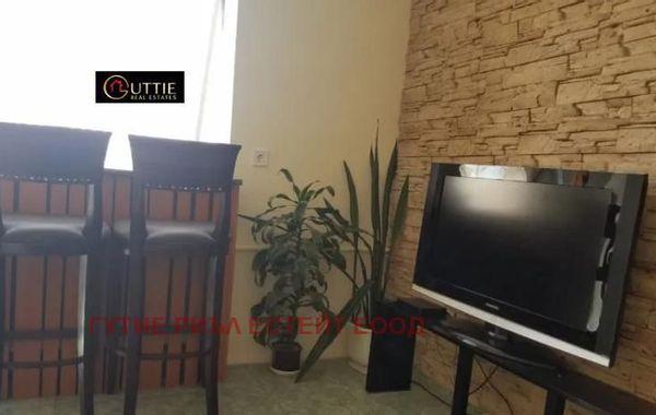 тристаен апартамент софия 4lf7drjx
