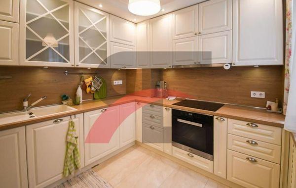 тристаен апартамент софия 4w15953s