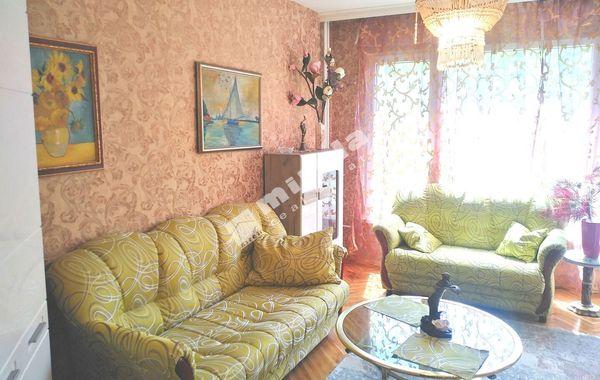 тристаен апартамент софия 4wdmt4a2