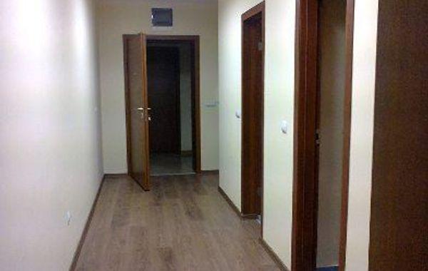 тристаен апартамент софия 4xq7dm9y