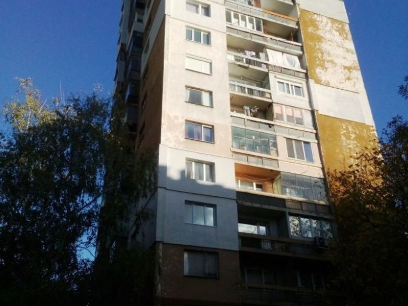 тристаен апартамент софия 51v31kuu