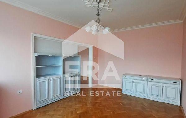 тристаен апартамент софия 56n3lvtr