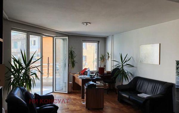 тристаен апартамент софия 5cs3pqas