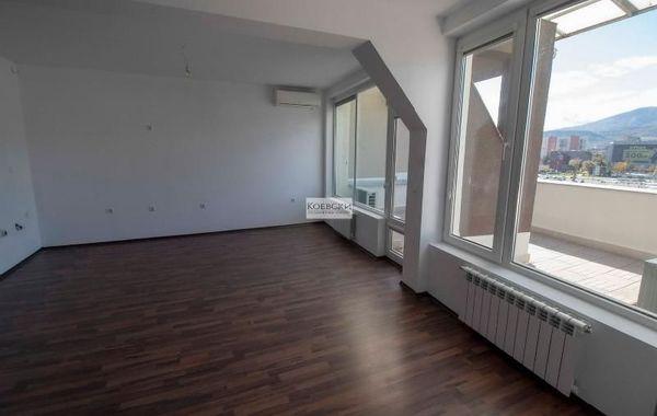 тристаен апартамент софия 5j7ry5ha