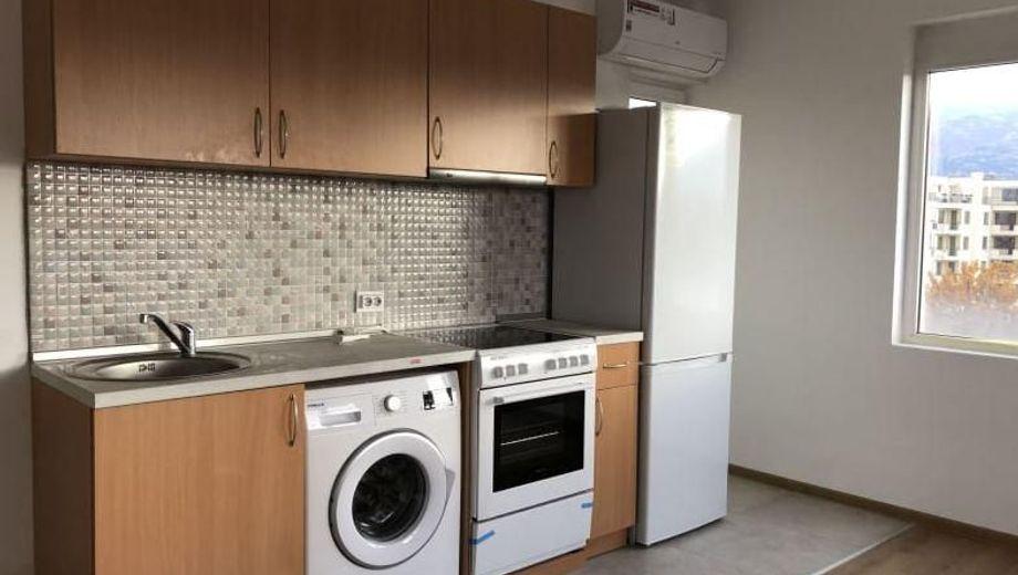 тристаен апартамент софия 5p86bk4e