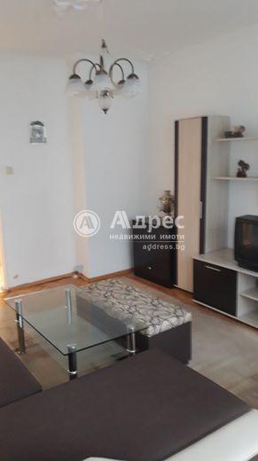 тристаен апартамент софия 64s2b8ld