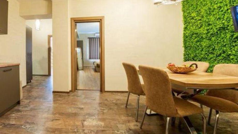 тристаен апартамент софия 69kp277g