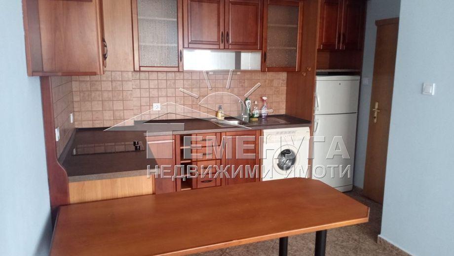 тристаен апартамент софия 6nd28w9c
