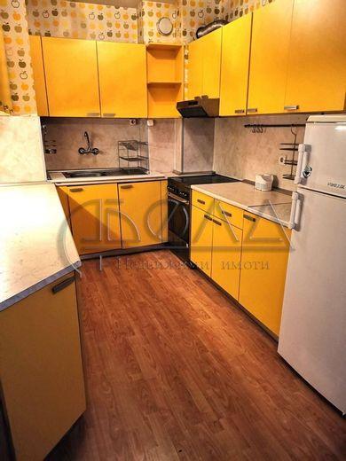 тристаен апартамент софия 7ur81hap