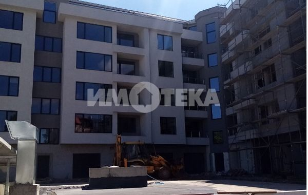 тристаен апартамент софия 897qr7vm