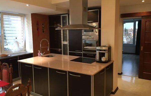 тристаен апартамент софия 8995e73b