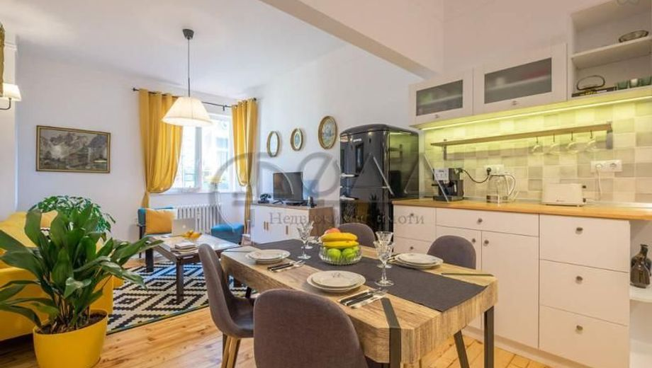 тристаен апартамент софия 8m9kpqr2