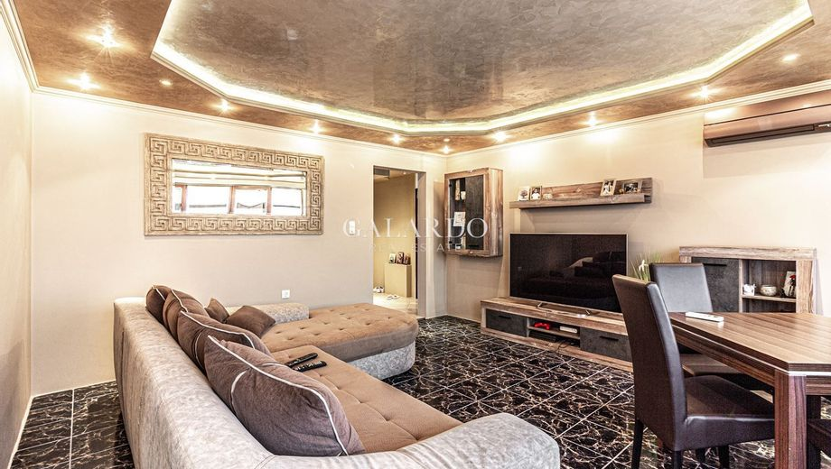 тристаен апартамент софия 8p1bpb6g