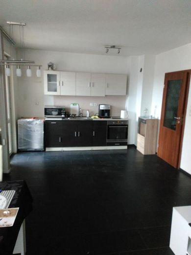 тристаен апартамент софия 8rhughy3