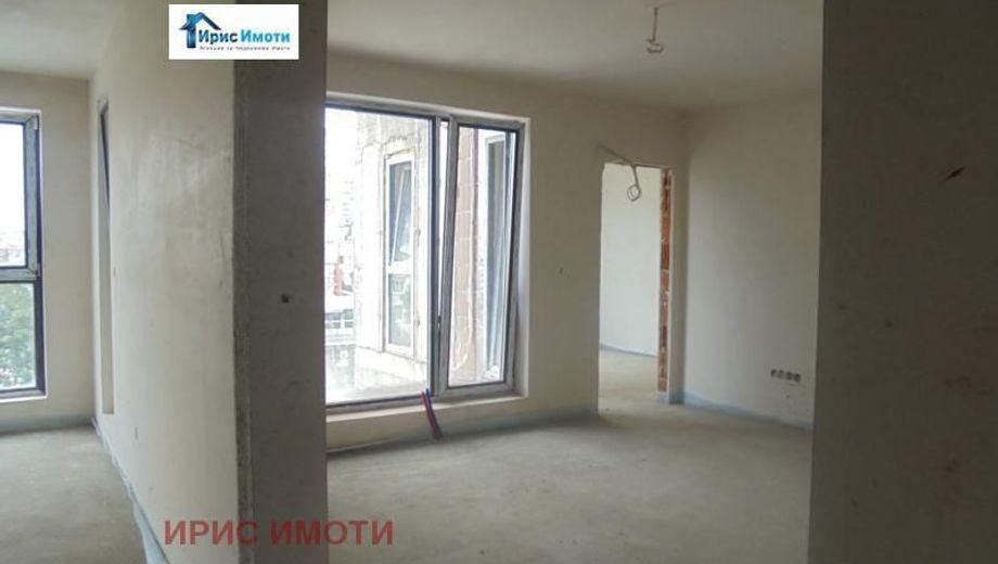 тристаен апартамент софия 8tv6a4x7
