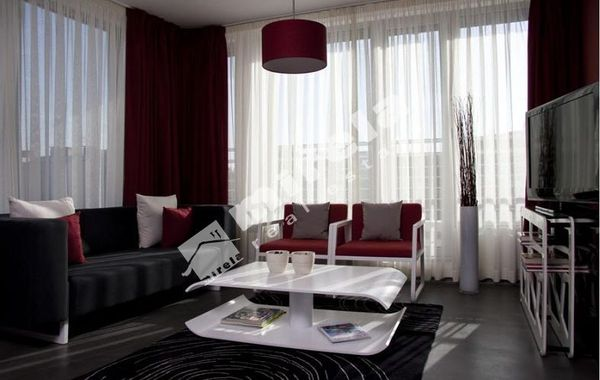 тристаен апартамент софия 98whhfxu