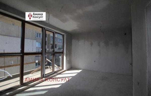 тристаен апартамент софия 9g7lnyhq