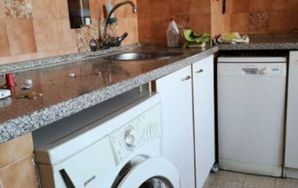 тристаен апартамент софия 9k7fvbnx