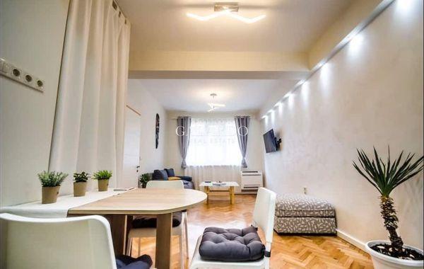 тристаен апартамент софия 9p5mprtg