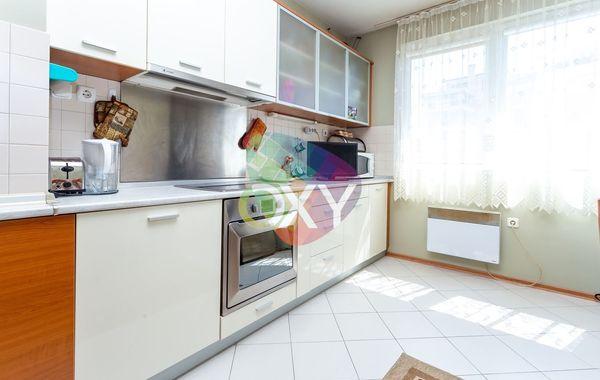 тристаен апартамент софия 9qqgyph4