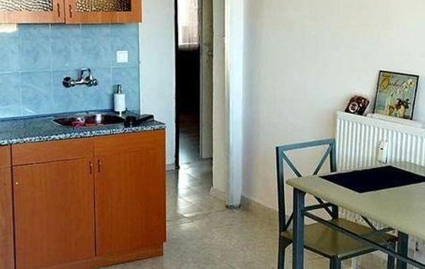 тристаен апартамент софия 9vk43sfj