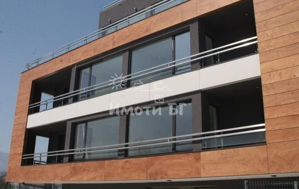 тристаен апартамент софия a84r6afc