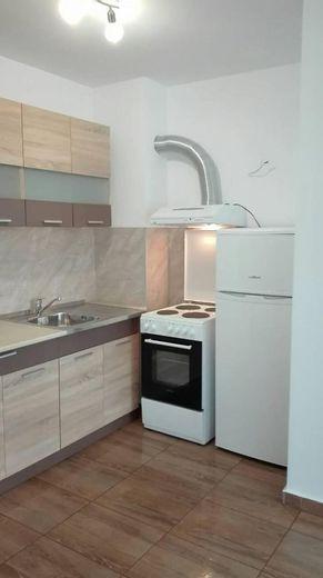 тристаен апартамент софия a97klbqg
