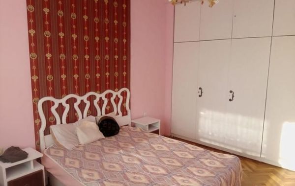 тристаен апартамент софия abqum4yk